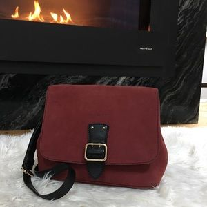 Authentic Burberry Crossbody convertible clucth